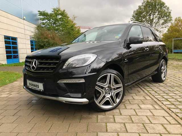 Mercedes-Benz ML 63 AMG 4Matic AMG SPEEDSHIFT 7G-TRONIC, Jahr 2013, Benzin
