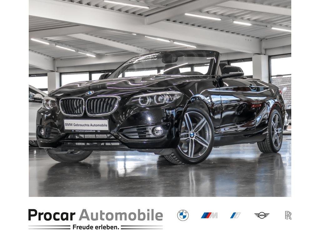 BMW 218i Aut. Sport Line Navi LED Shz AHK PDCv+h 17, Jahr 2018, Benzin