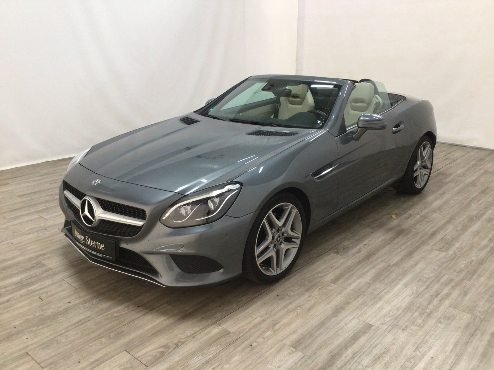 "Mercedes-Benz SLC 200 Navi*ILS*Totwink*18""-Rad*Kamera*AIRSCARF, Jahr 2018, petrol"
