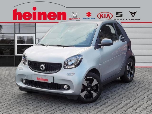 smart fortwo CABRIO AUTOMATIK PRIME LEDER 15Z- ALU PDC, Jahr 2019, Benzin