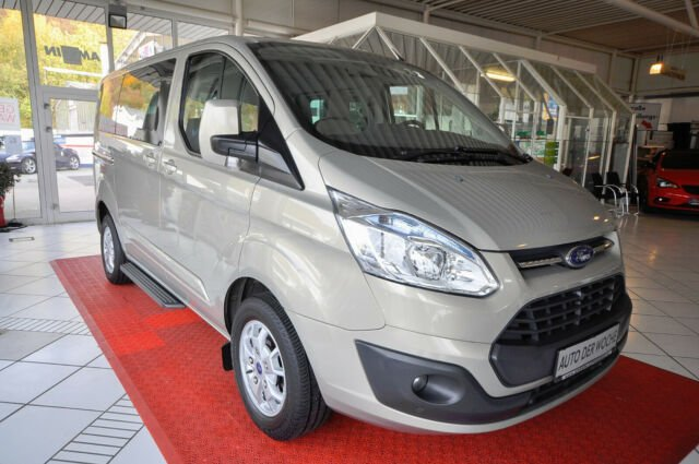 """Ford Tourneo Custom 300 """"8-SITZER/KAMERA/STANDH"""", Jahr 2013, Diesel"""