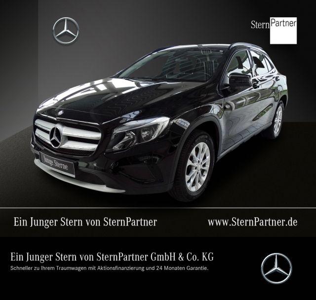 Mercedes-Benz GLA 200 Style AHK+Navi+Offroad Komfortfahrwerk, Jahr 2015, petrol