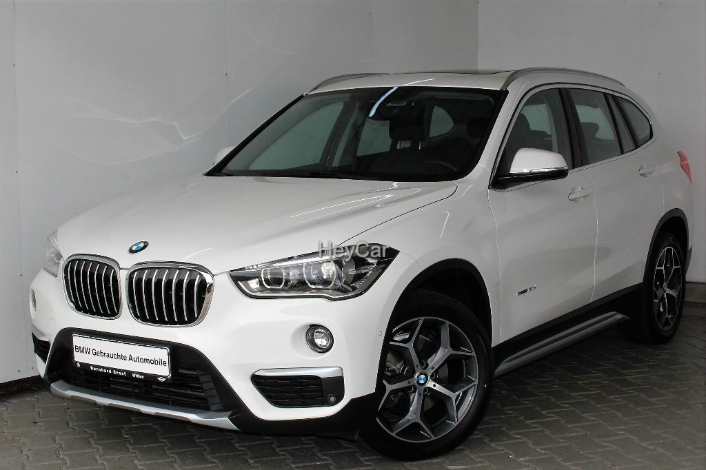 BMW X1 sDrive18d xLine Aut. Panorama Klimaaut. PDC, Jahr 2017, Diesel