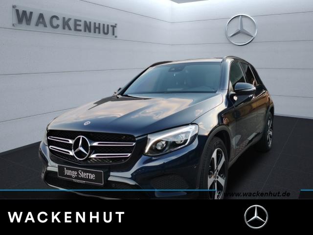 Mercedes-Benz GLC 300 4Matic Night LED Standhzg AMG Interieur, Jahr 2017, Benzin