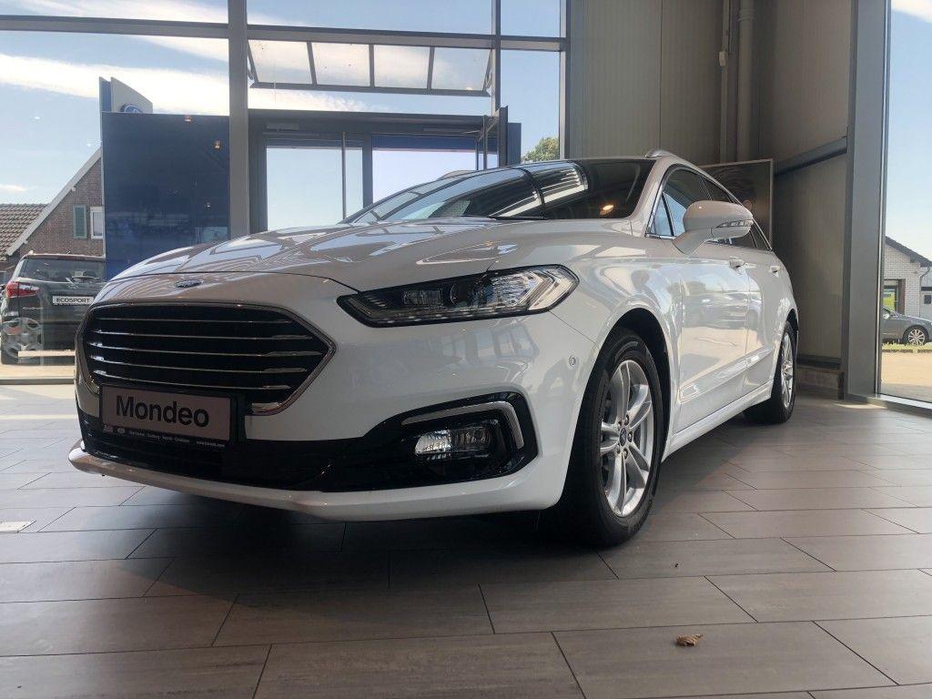 Ford Mondeo Kombi Titanium*NAVI*RFK*DAB*LED*AHK*TWA*, Jahr 2020, Benzin