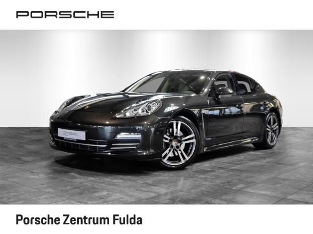 Porsche Panamera 4 - Platinum Edition, Rückfahrkamera, Jahr 2013, Benzin