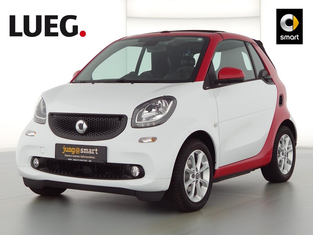 smart fortwo cabrio 52kW ( 71PS) passion Cool u. Audio, Jahr 2018, Benzin