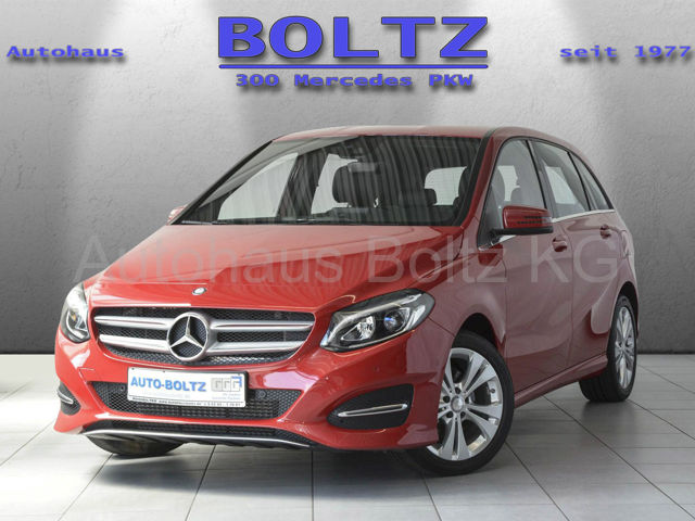 Mercedes-Benz B 220 4M Urban Comand LED-HP Komf.-FW Verkehrs, Jahr 2017, Benzin