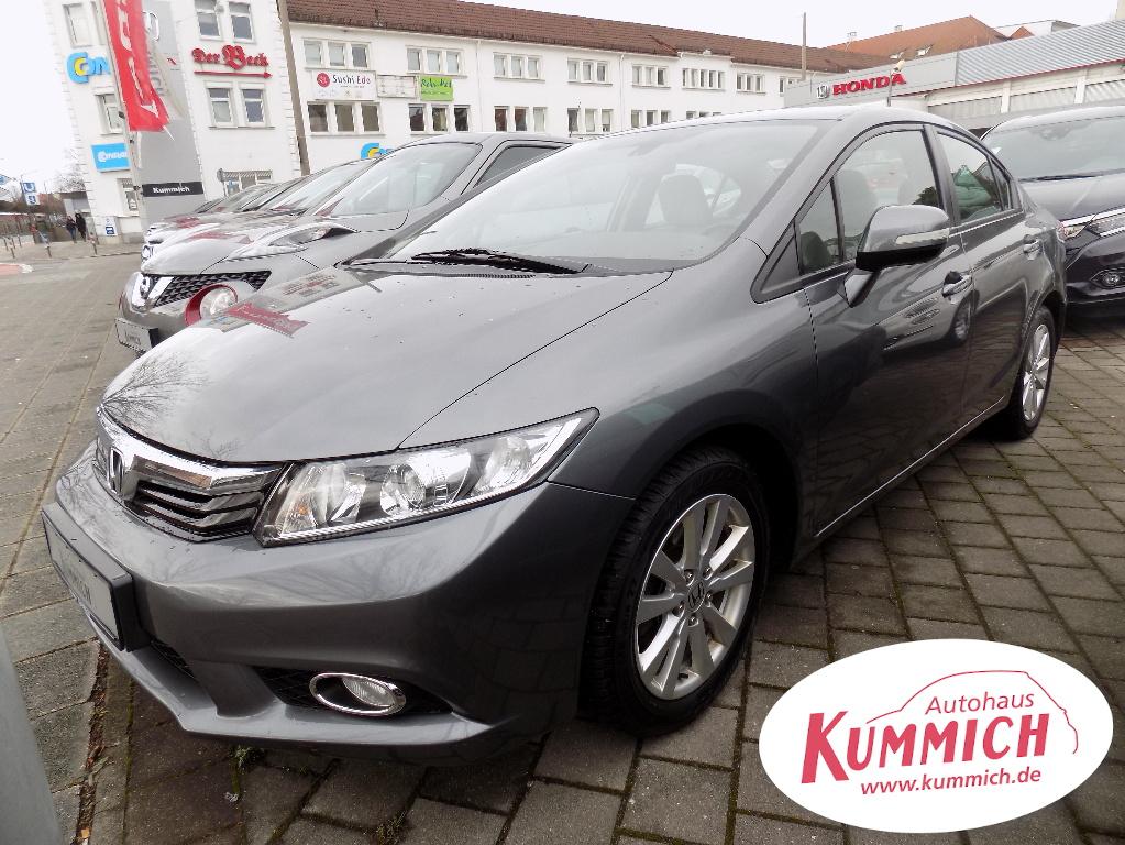 Honda Civic 1.8 141PS Stufenheck, Jahr 2013, Benzin