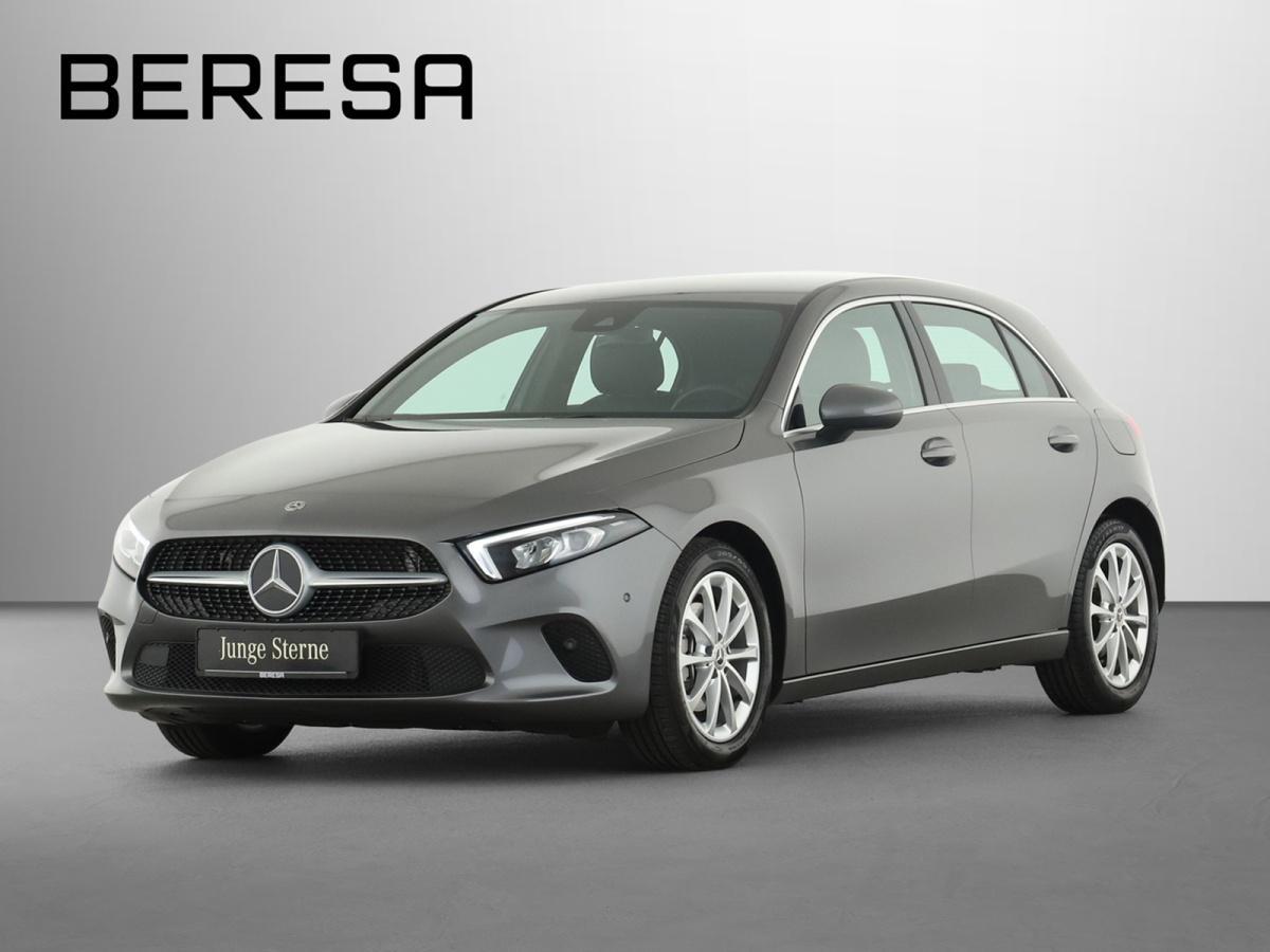 Mercedes-Benz A 200 LED PDC, Jahr 2019, Benzin