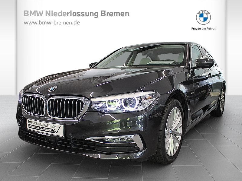 BMW 540i xDrive Limousine Luxury Line Head-Up RTTI, Jahr 2017, Benzin