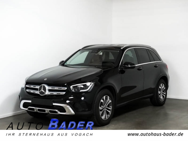 Mercedes-Benz GLC 200 4Matic Business EasyPack Multibeam AHK, Jahr 2019, Benzin