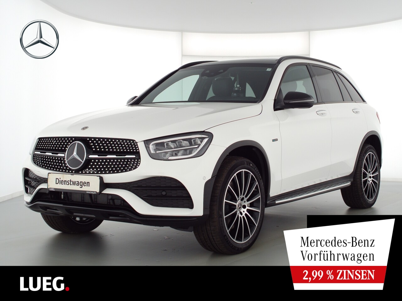 Mercedes-Benz GLC 300 e 4M AMG+20''+HUD+PANO+KEYLESS+DISTRONI, Jahr 2021, Hybrid