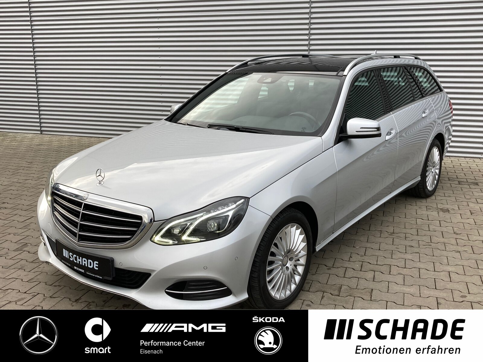 Mercedes-Benz E 200 T BT Elegance *Comand*AHK*Panorama*Kamera*, Jahr 2014, Diesel