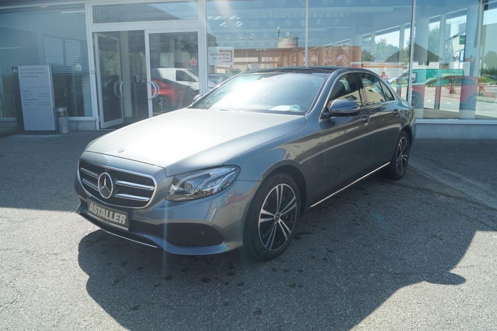 Mercedes-Benz E 450 4M Avantgarde+Comand+Pano+360°+Multib+Wide, Jahr 2019, Benzin