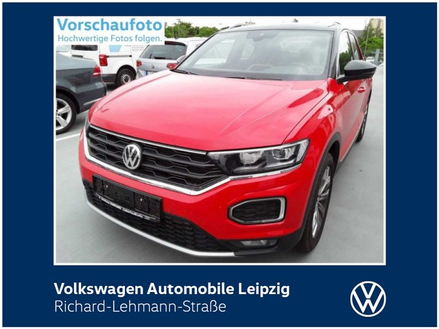 Volkswagen T-Roc Sport 1.5 TSI ACT DSG *AHK*Navi*LED*, Jahr 2019, Benzin