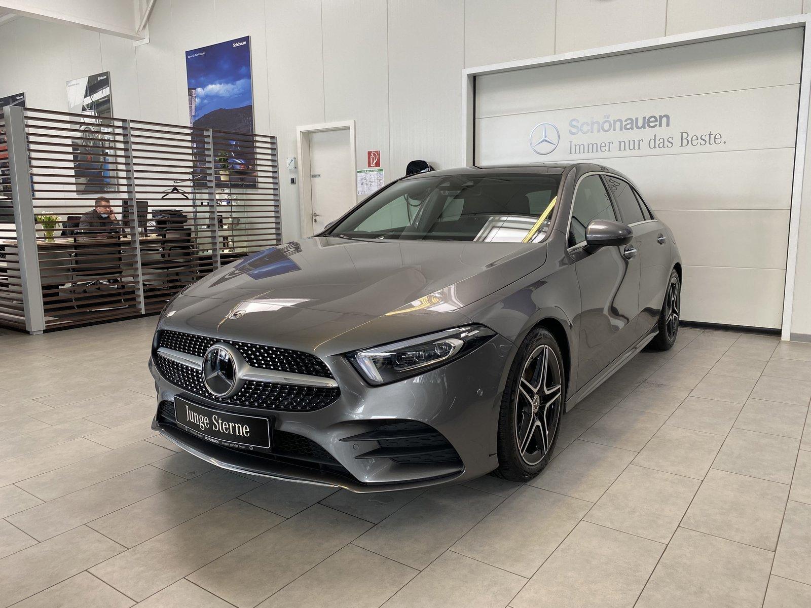 Mercedes-Benz A 220 4M AMG+PANO+DISTRONIC+KEYLESS+MULTIB+SOUND, Jahr 2020, Benzin