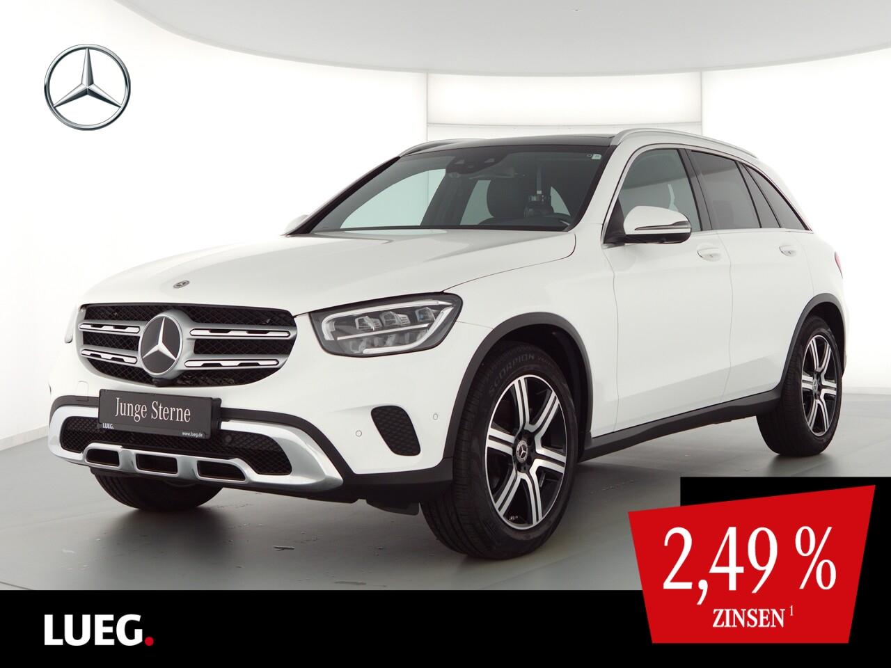 Mercedes-Benz GLC 300 4M MBUX+Pano+LED-HP+Sthzg+19''+Distr+360, Jahr 2020, Benzin