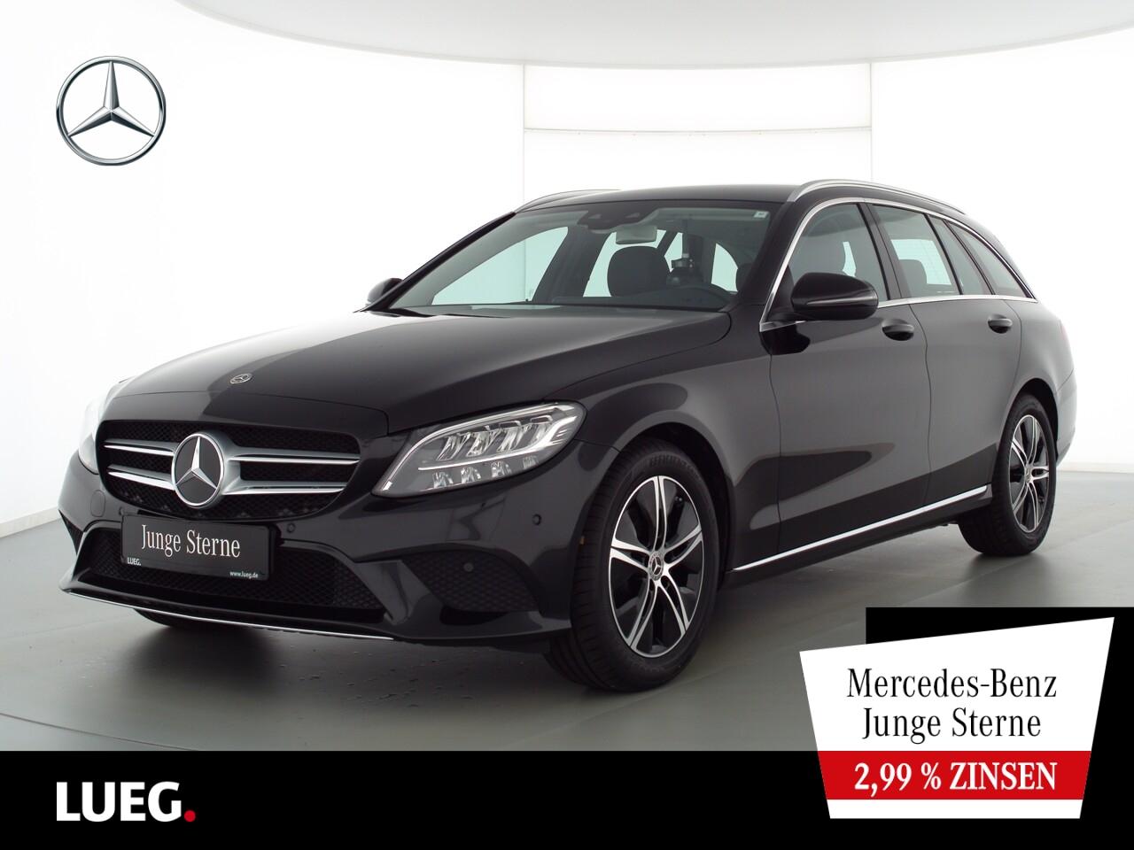 Mercedes-Benz C 180 T Avantgarde+Navi+LED-HP+SpurP+ParkAss+RFK, Jahr 2020, Benzin