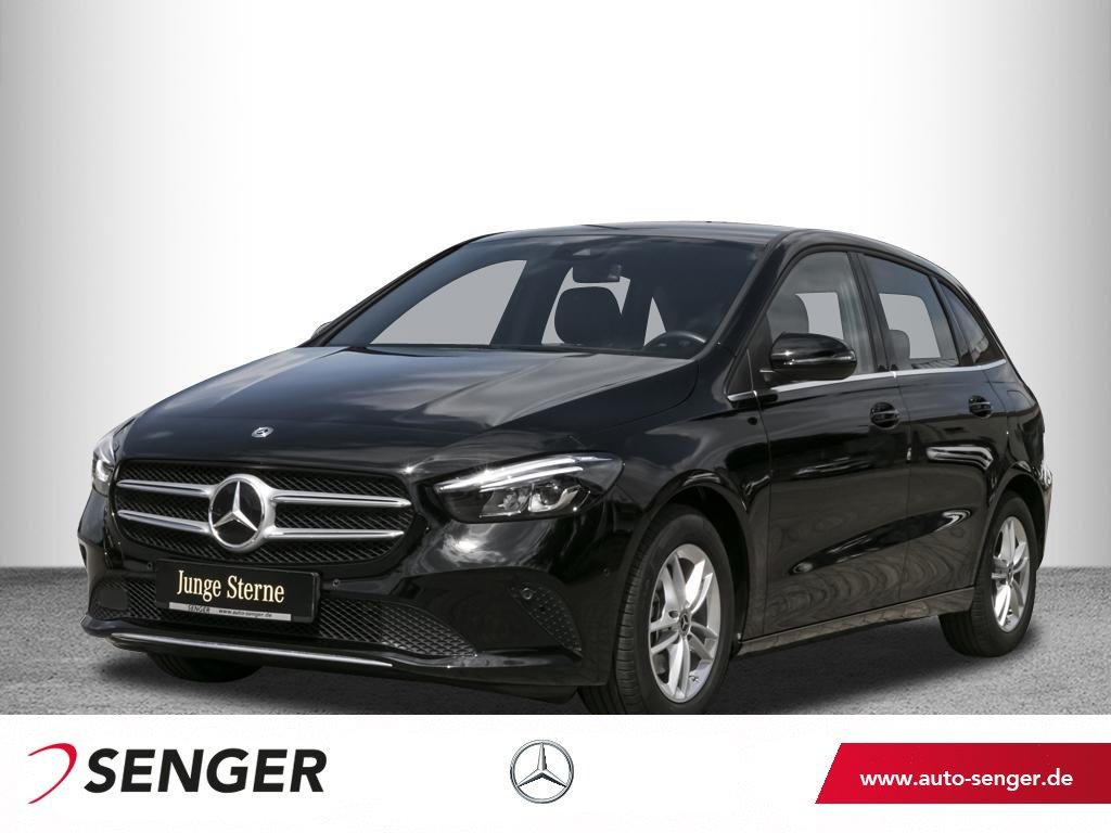 Mercedes-Benz B 180, Jahr 2020, Benzin