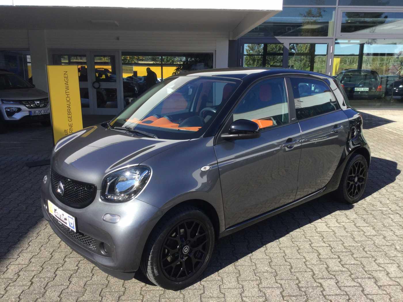 smart ForFour Edition 70 Panorama Sport-Paket, Jahr 2015, Benzin