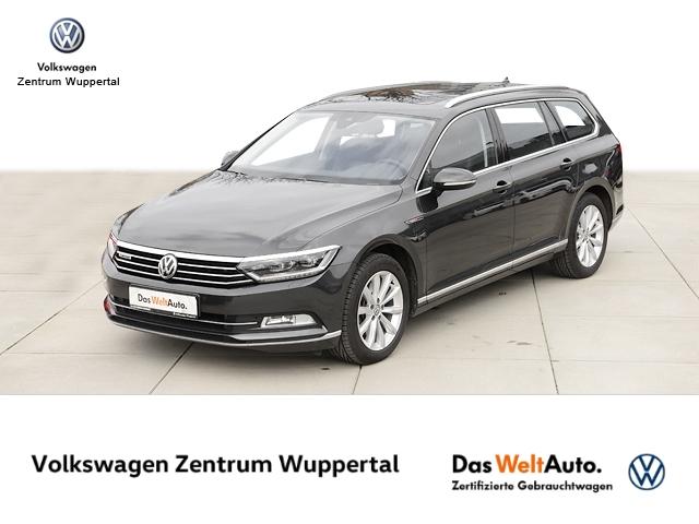 Volkswagen Passat Var Highline DSG LED NAVI VC PANO SHZ PDC, Jahr 2018, Benzin