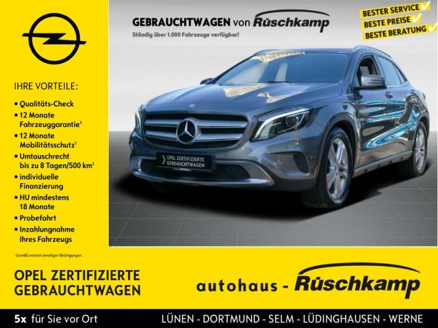 Mercedes-Benz GLA 200 Navi AHK-klappbar Sitzheizung PDCv+h Parklenkass., Jahr 2014, Benzin