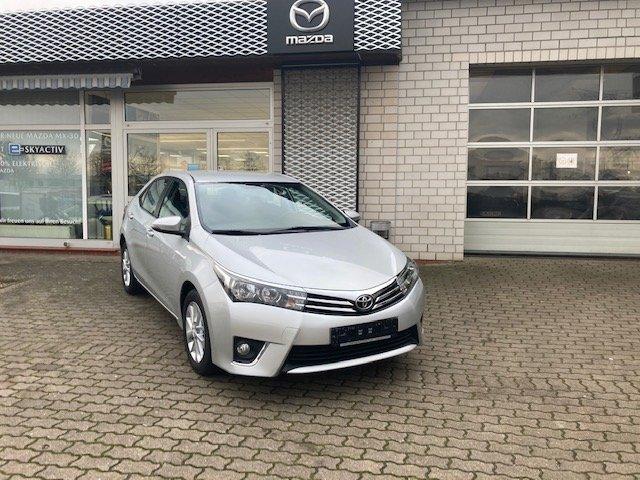 Toyota Corolla Life+, Jahr 2015, Benzin