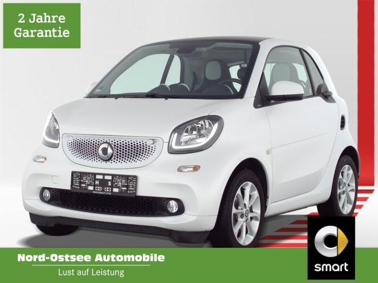 smart fortwo 66 kW passion Navi LED Pano SHZ DAB Kamer, Jahr 2019, Benzin