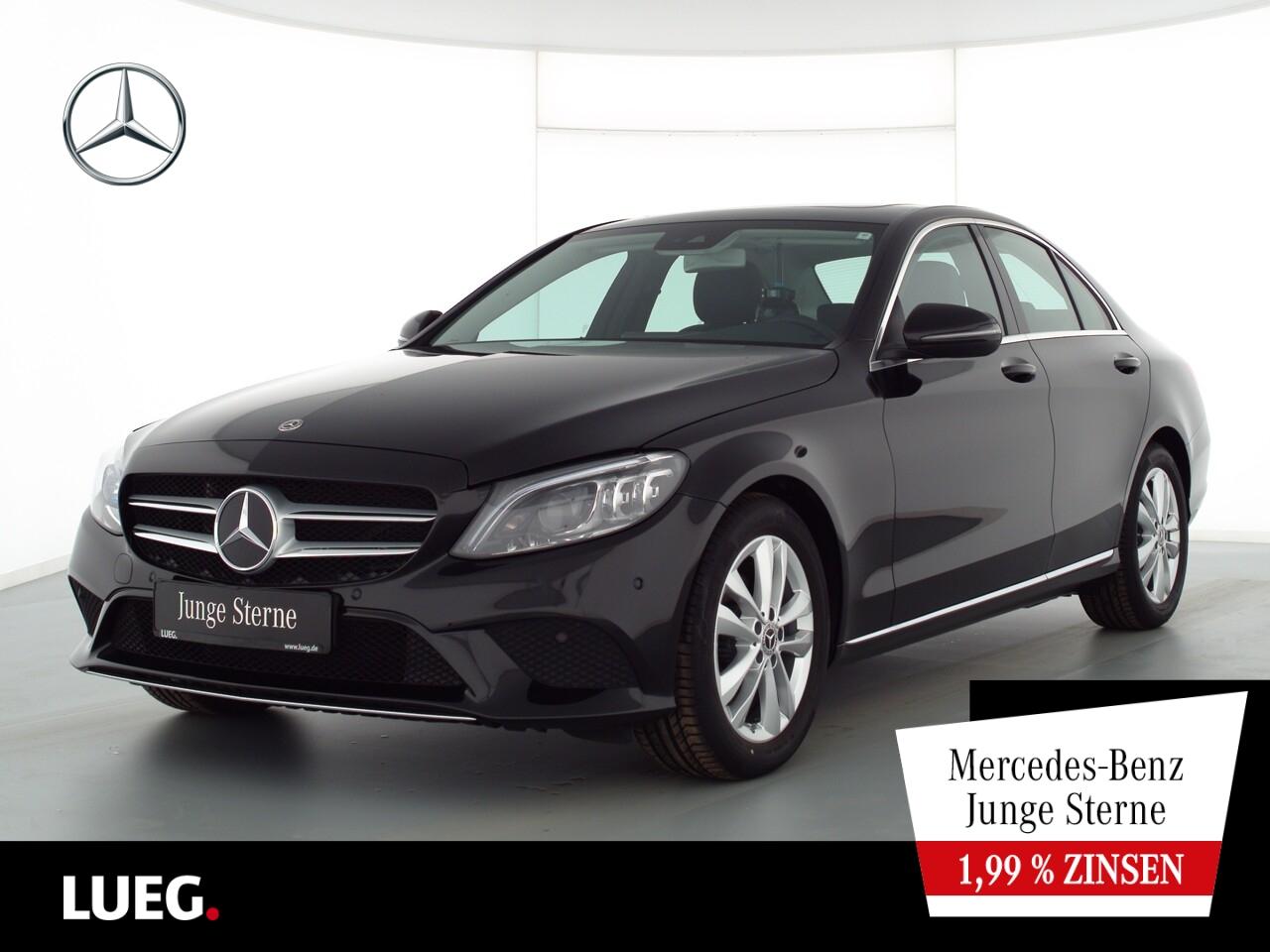 Mercedes-Benz C 180 Avantgarde+Navi+SHD+Mbeam+SpurP+ParkAs+RFK, Jahr 2020, Benzin