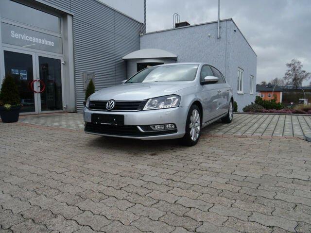 Volkswagen Passat 1,6 TDI Lim. BlueMot/Navi/BiXe/Standheizu, Jahr 2013, Diesel