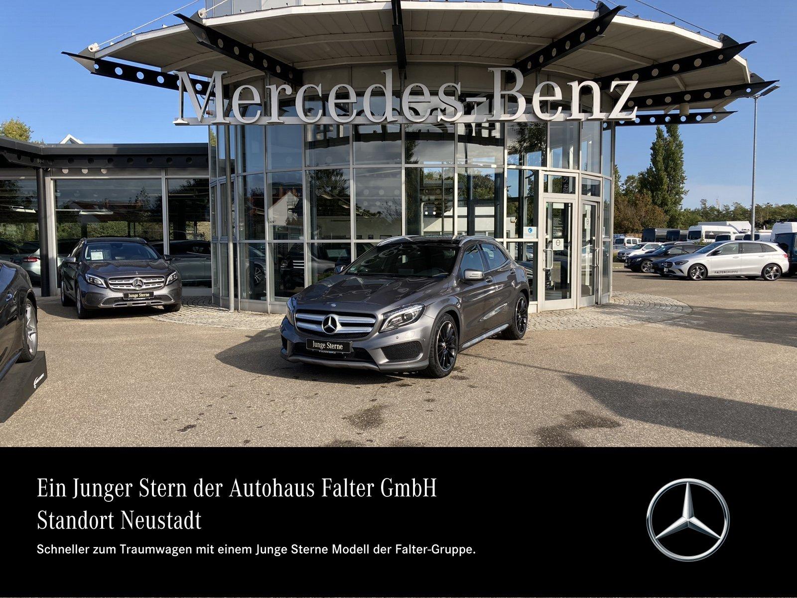 Mercedes-Benz GLA 250 4M AMG Pano ILS Comand Kamra Totw elHeck, Jahr 2016, Benzin