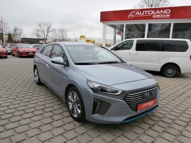 Hyundai IONIQ Hybrid Premium +LEDER+NAVI+KEYLESS+EL.SITZE+ACC+RÜCKFAHRKAMERA+LICHTSENSOR+XENON+PDC v+h, Jahr 2017, Hybrid