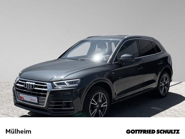 Audi Q5 3.0 TDI S tronic quattro line MATRIX NAVI design, Jahr 2018, Diesel