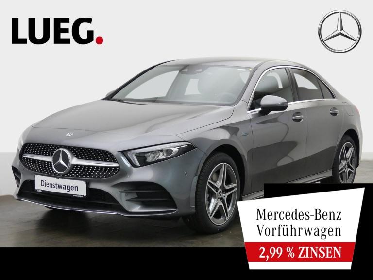 Mercedes-Benz A 250 e Lim AMG+LEDER+KAMERA+LED+MBUX-HIGH+PTS, Jahr 2020, Hybrid