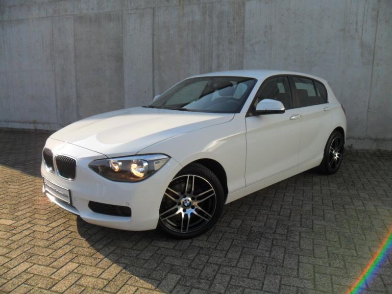 BMW 114i PDC Sitzheizung, Jahr 2013, petrol