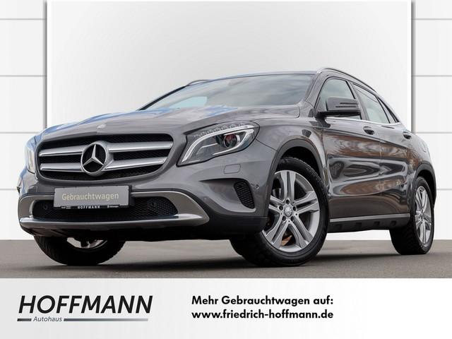 Mercedes-Benz GLA 180 URBAN Klima-Panoramadach-Navi, Jahr 2016, Benzin