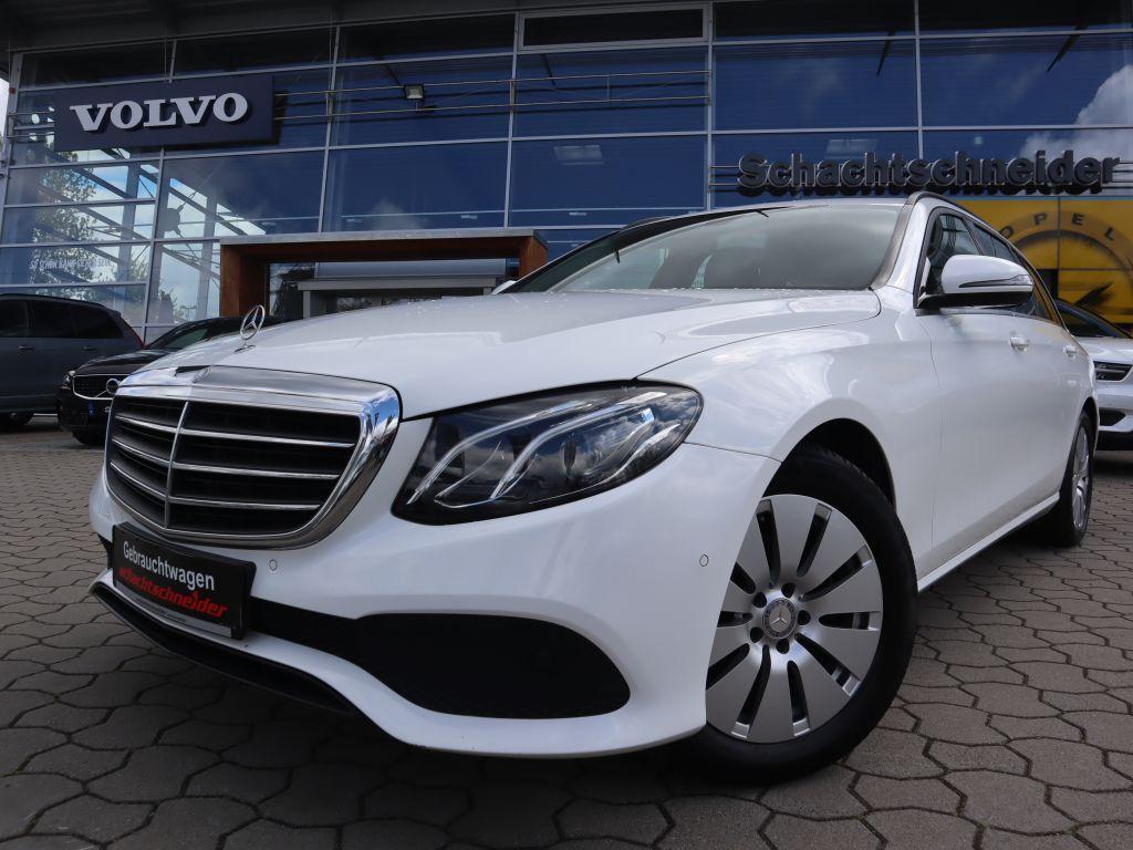 Mercedes-Benz E 220 d T 9G-TRONIC+Leder+Navi+LED+Kamera+, Jahr 2016, Diesel