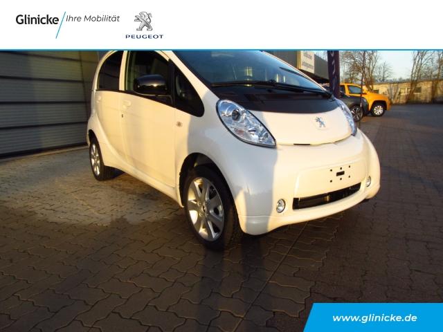 Peugeot iOn Modell 2018 Elektromotor, Klima, Bluetooth, Jahr 2020, Elektro