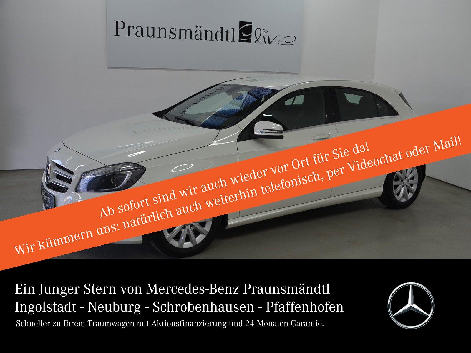Mercedes-Benz A 180 Style Navi Becker/Bi-Xenon/SHZ/Alu-Felgen, Jahr 2013, Benzin