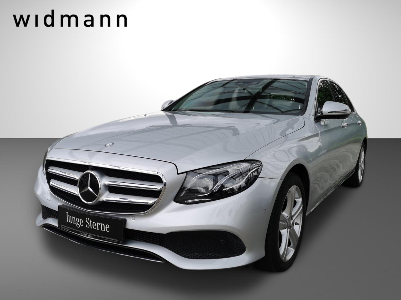 Mercedes-Benz E 400 4M *Avantgarde*ILS*Comand*AHK*HUD*360°*DAB, Jahr 2016, Benzin