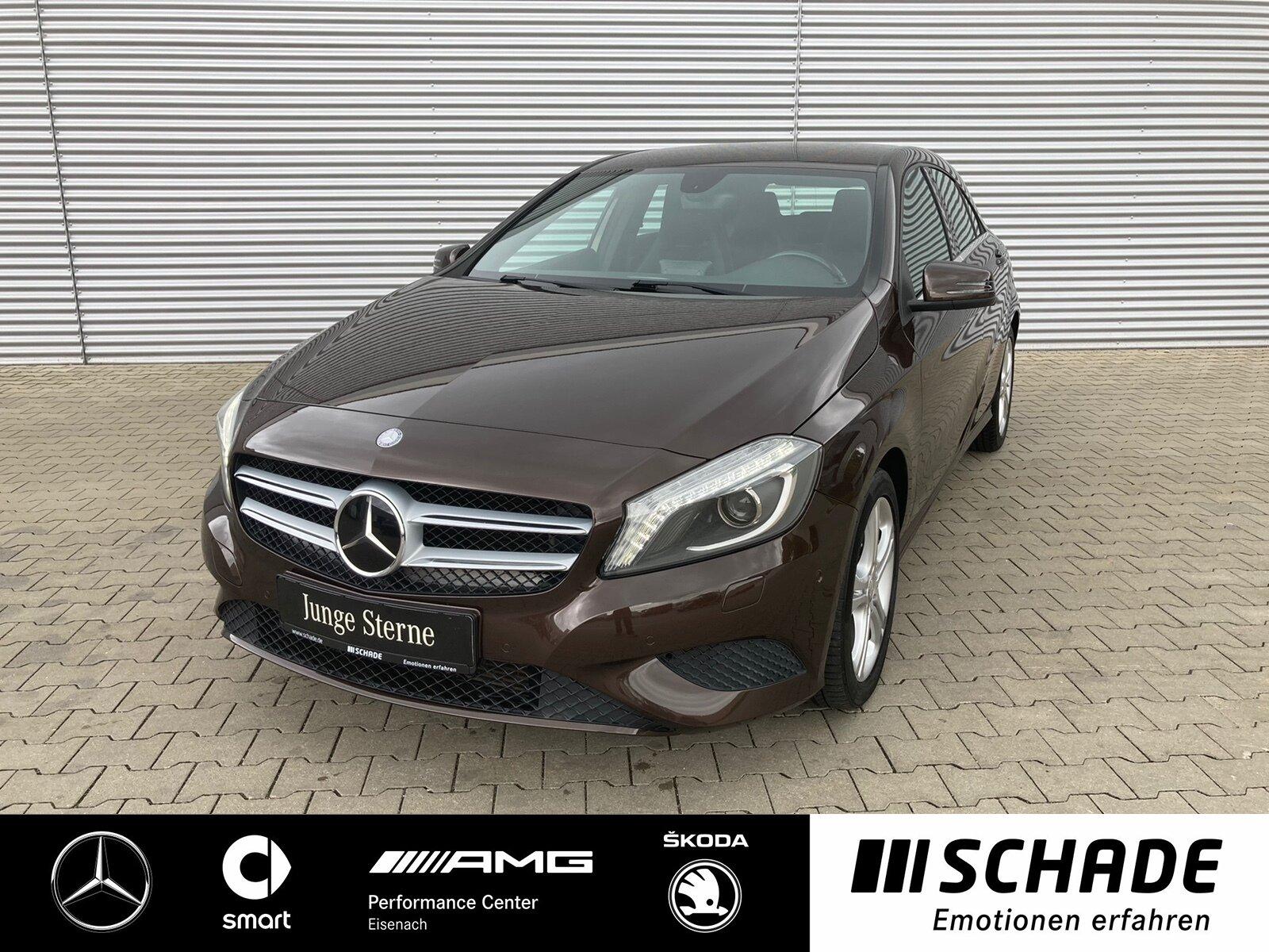 Mercedes-Benz A 180 Urban R-Kamera*Vorr.Navi*Sitzhzg.*BiXenon, Jahr 2014, Benzin