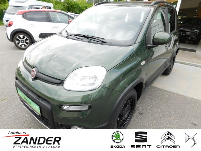 Fiat Panda Wild 4x4 Klima Winterpaket Klima, Jahr 2021, Benzin