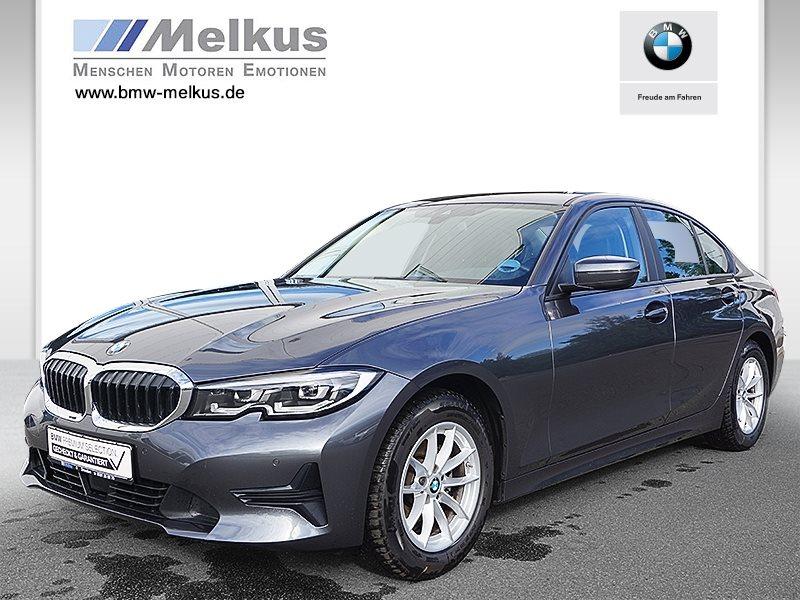 BMW 318i Limousine Advantage HiFi DAB LED Klimaaut., Jahr 2021, Benzin