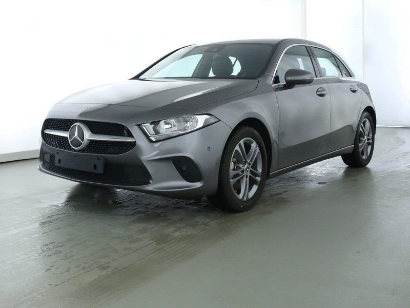 Mercedes-Benz A 200 Progressive NAVIPREMIUM+BUSINESS+SPUR+MBUX, Jahr 2019, Benzin
