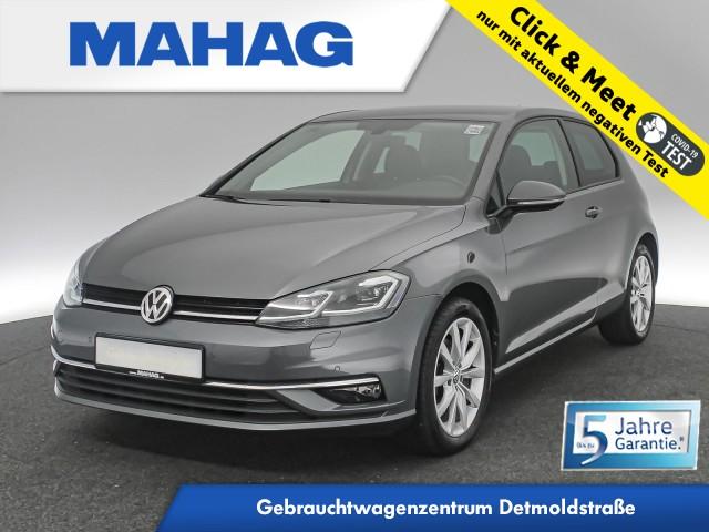 Volkswagen Golf VII 1.4 TSI Highline Navi LED Sitzhz. ParkPilot LightAssist FrontAssist 17Zoll 6-Gang, Jahr 2017, Benzin