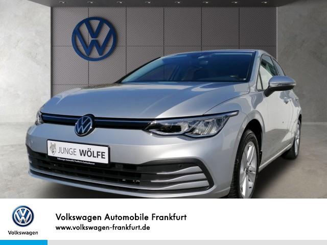 Volkswagen Golf VIII 1.5 TSI LIFE Navi Winterpaket AHK, Jahr 2020, Benzin