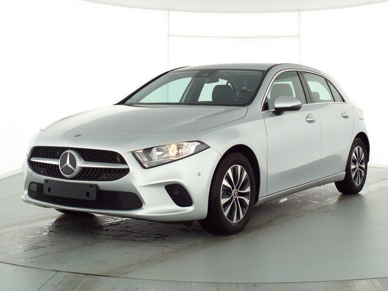 Mercedes-Benz A 200 Progressive NAVI PREMIUM PTS SITZKOMF. Pkt, Jahr 2019, Benzin