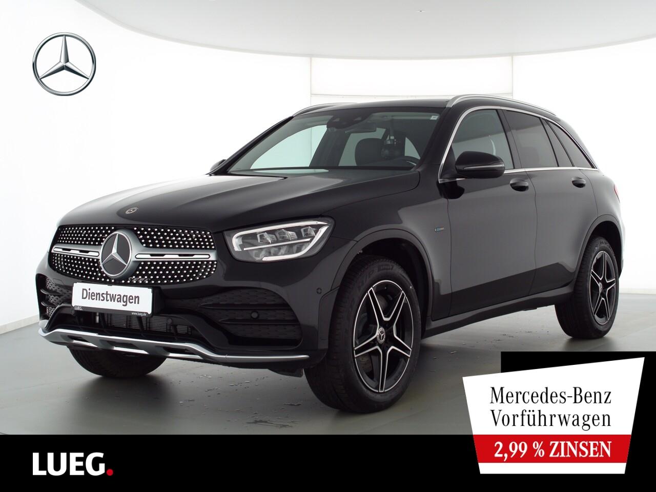 Mercedes-Benz GLC 300 e 4M AMG+DISTRONIC+PANO+AHK+KAMERA+LED, Jahr 2021, Hybrid