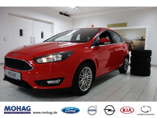 Ford Focus Cool&Connect 1.5L EcoBoost*PDC*NAVI*WINTERPAKET*, Jahr 2017, Benzin